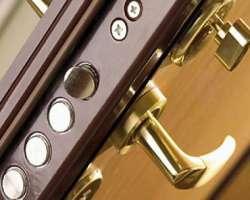 Правильный ремонт дверного замка