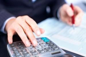 Плюсы и минусы частного бухгалтера