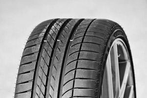 Шины Goodyear или Dunlop: во что обуть свой автомобиль