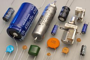 kondensatory-na-elektropostavkaru